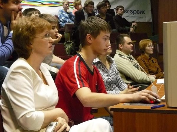 Наталья Николаевна на конкурсе со своим воспитанником